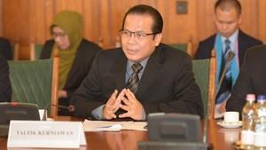 Pimpinan DPR Dukung TNI Tangani Teroris