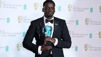 Peraih BAFTA Rising Star, Daniel Kaluuya. Foto: Photo by Jeff Spicer/Jeff Spicer/Getty Images