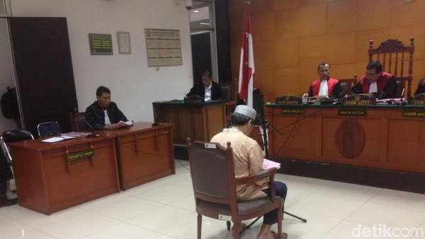 Kasus Ujaran Kebencian, Jonru Dituntut 2 Tahun Penjara
