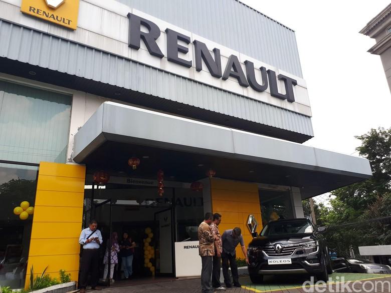 Ilustrasi diler Renault Foto: Rois Jajeli