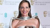 Kebahagiaan Allison Janney, Raih Best Supporting Actress lewat I, Tonya. Foto: Photo by Jeff Spicer/Jeff Spicer/Getty Images