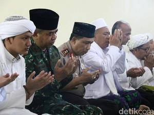 Oleh Ulama se-Madura, Kapolda Jatim Ditanya Aksi Orang Gila dan PKI