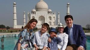 Cute! Justin Trudeau Antar Anak-anaknya di Hari Pertama Sekolah