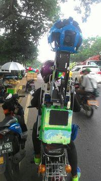 Tak Disangka, Ambil Gambar Google Street View Pakai Motor Antik