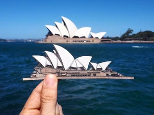 Foto: Traveler Ini Lukis Semua Tempat yang Dikunjungi