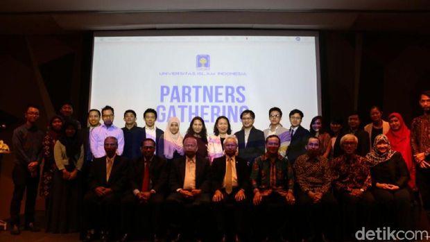 Partners Gathering yang diadakan UII di Bangkok, Thailand.