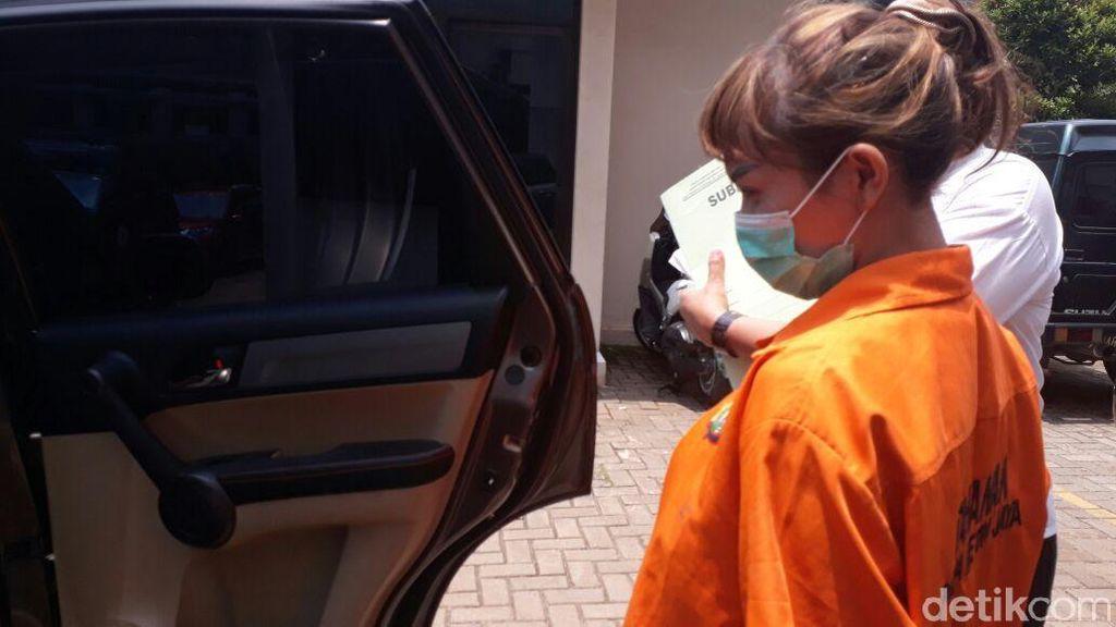 Video: Vonis 4 Tahun Penjara dan Tangisan Roro Fitria