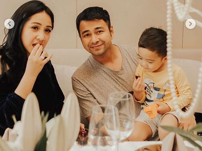 Sindir Raffi, Ruben Onsu Ingatkan Soal Curhatannya dengan Ayu Ting Ting