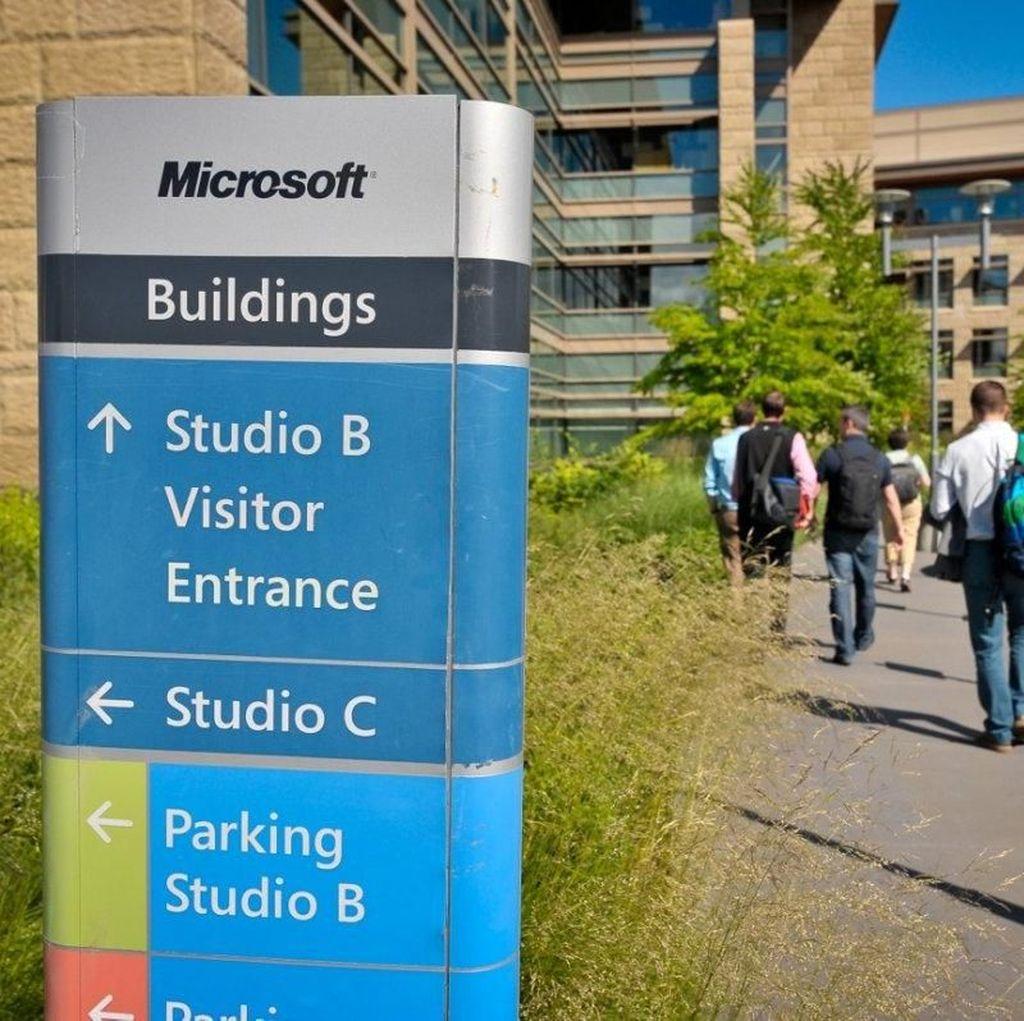 Siapa Bilang Microsoft Kalah Tenar Dibanding Apple?