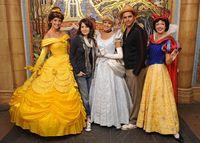 Ini Curahan Hati Putri Disney yang Kerja di Disneyland