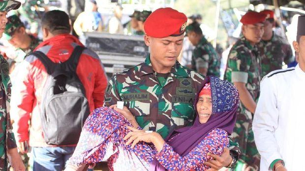 KSAD Tutup Latihan Tempur Kopassus di Gunung Halimun Bogor
