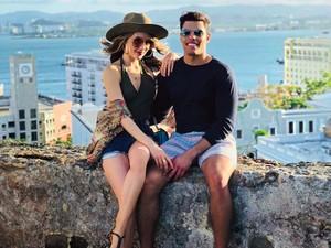 Cinta Laura Posting Foto Mesra Bareng Pacar Baru di Instagram