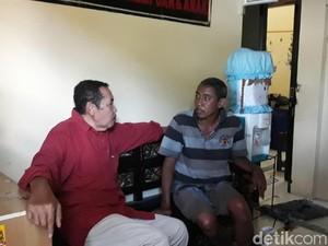 Pria Gila Masuk ke Rumah Ketua MUI Kota Madiun Dibawa ke RSJ Ngawi