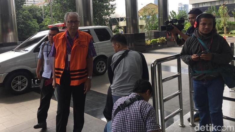 dr Bimanesh Kembali Diperiksa KPK Terkait Hilangnya Novanto