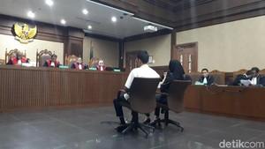 Bupati Rita Didakwa Terima Rp 6 M soal Izin Perkebunan di Kukar