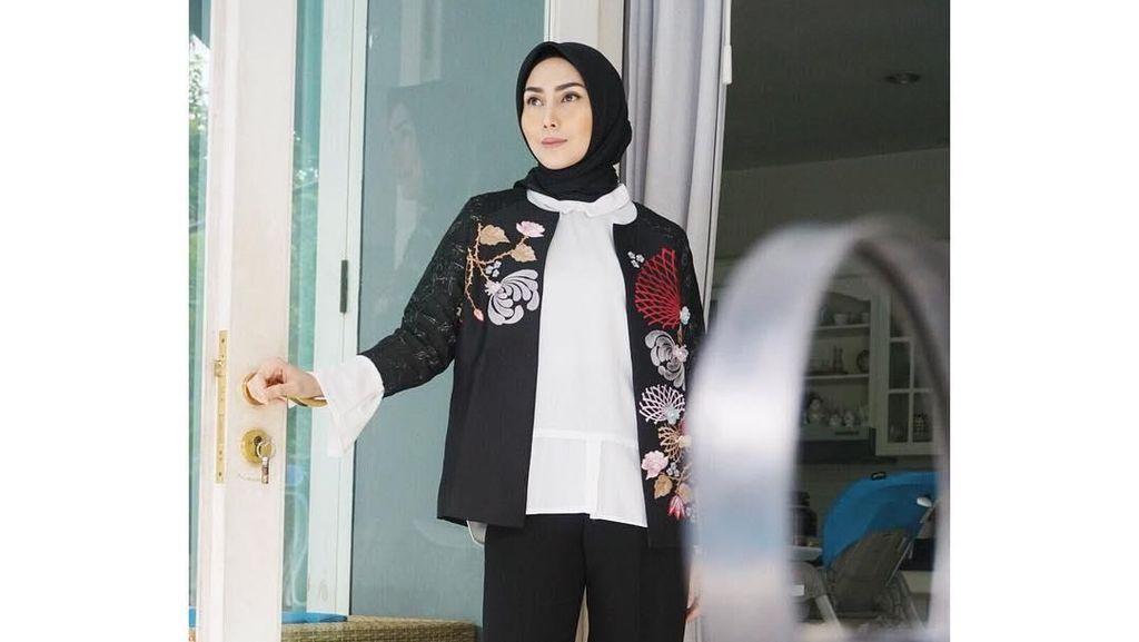 Lihat Gaya 5 Artis Berhijab Peraih Penghargaan Insert Fashion Award 2019