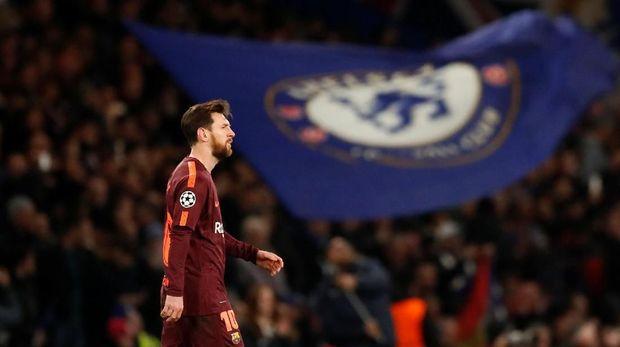 Lionel Messi menyelamatkan Barcelona dari kekalahan di Stamford Bridge.