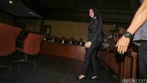 Sidang Perdana Bupati Nonaktif Rita Widyasari