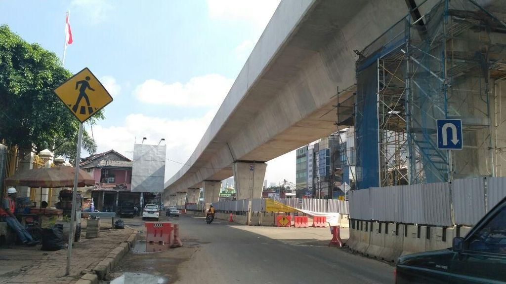 Atasi Macet Jakarta Tak Cukup Hanya Andalkan MRT dan LRT