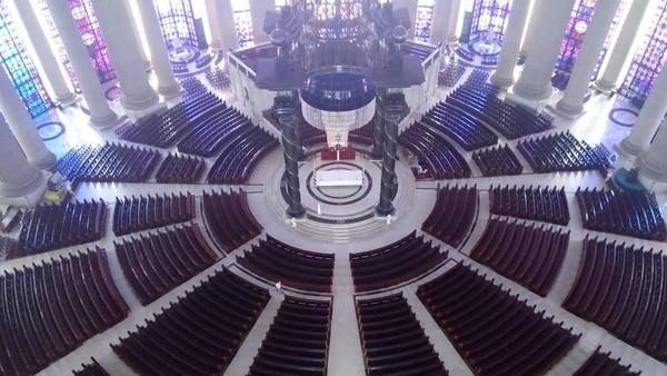 Gereja ini dibangun pada tahun 1985 dan selesai di tahun 1990. (mscarcepearl/Instagram)
