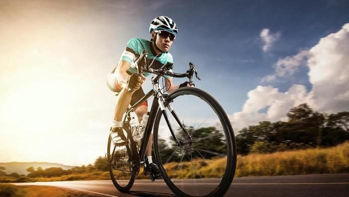 Rutin bersepeda terbukti hambat proses penuaan (Foto: Thinkstock)