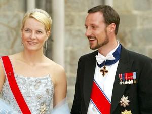 Foto: Mette-Marit, Putri Norwegia yang Dulunya Pakai Narkoba & Jadi Pelayan