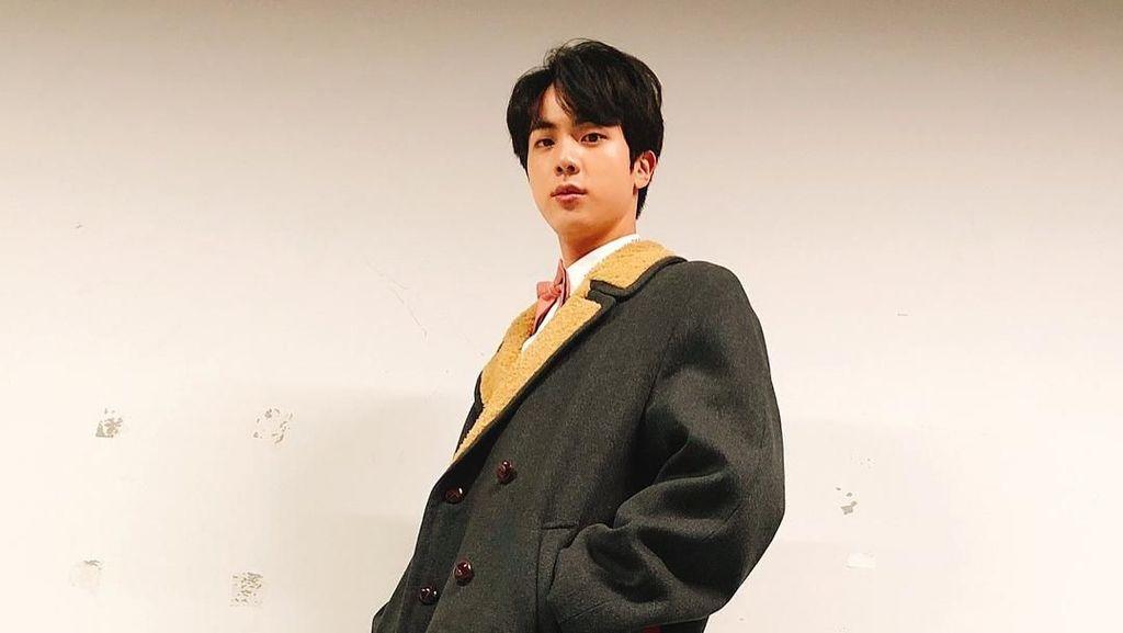 Resmi Jadi Pria Tertampan di Dunia 2019, Jin BTS Paling Doyan Makan
