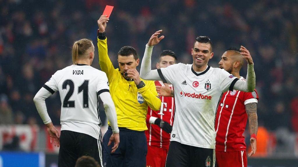 Bayern Terbantu Kartu Merah