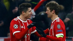 Foto: Lewandowski Tokcer, Mueller Buntuti Messi dan Ronaldo