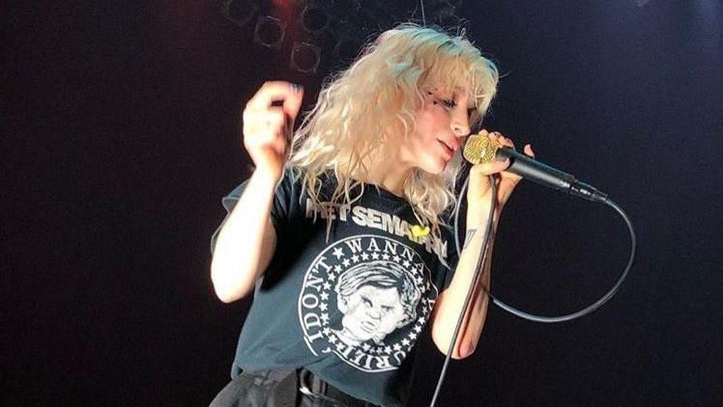Jangan Sedih, Tiket Konser Paramore yang Sudah Dirobek Bisa Ditukar