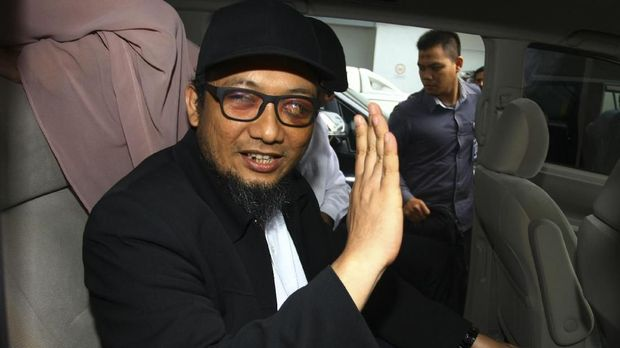 Sebelah Mata Novel dan Pil Pahit untuk Tito hingga Jokowi