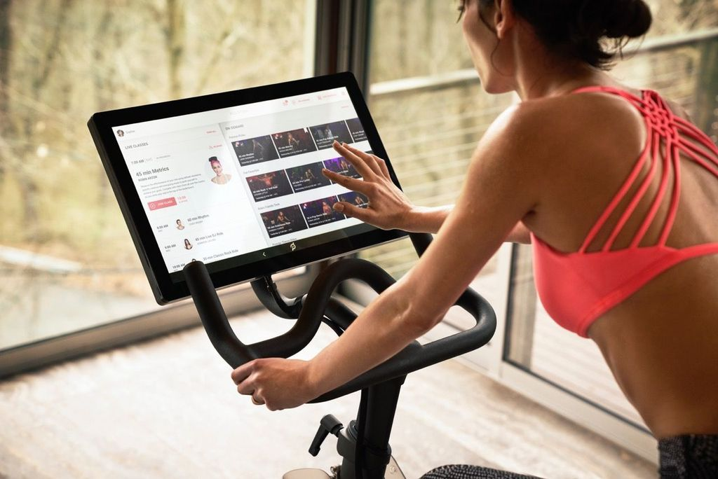 25. Peloton: Perusahan teknologi ini menawarkan streaming kelas bersepeda ke rumah sehingga pengguna dapat berlatih dengan nyaman. Layanan mereka dapat diakses 24 jam di lebih dari 14 negara lewat aplikasi di iPhone, iPad dan Apple TV. Foto: internet
