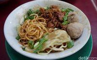 Mie Blo'on : Makan Mie Ayam dan Yamien Murah Enak dan Nggak Jadi Blo'on!