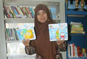 Kisah Rossy, Penderita Leukimia yang Dirikan Rumah Baca di Ciamis