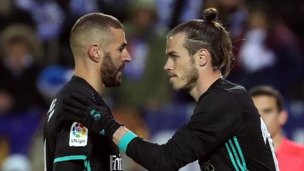 Gareth Bale menggantikan Karim Benzema [ada menit ke-76 di laga Real Madrid melawan Benzema