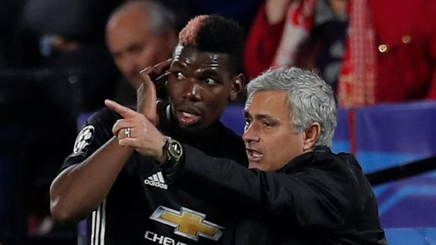 Jose Mourinho memilih memuji Scott McTominay saat ditanya soal Paul Pogba. (