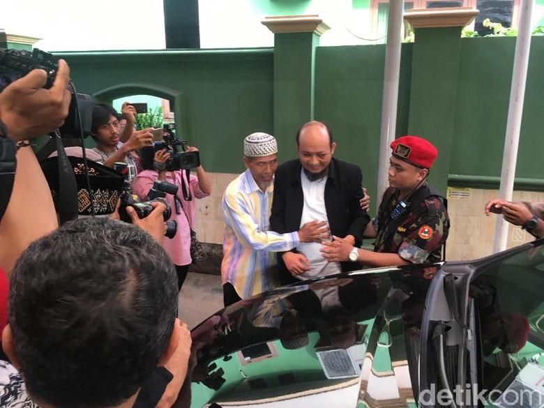 Tak Trauma, Novel Baswedan akan Terus Salat Subuh di Masjid