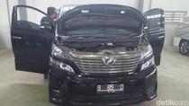Mobil Vellfire Nazarudin Dilelang Rp 157 Juta