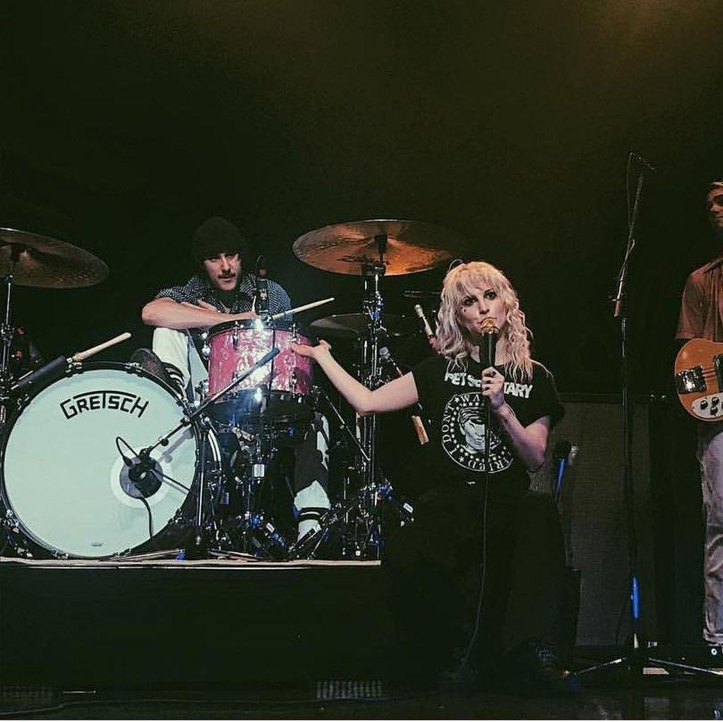 Hayley Williams Beberkan Alasan Perubahan Musik Paramore