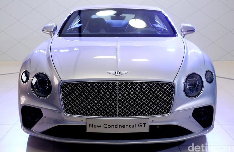 Bentley Continental GT Pakai Bahan Alumunium seperti Pesawat Terbang Foto: Grandyos Zafna