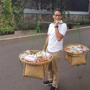 Aksi Seru Sandiaga Uno Saat Kuliner hingga Bekal Bentuk Lucu untuk Anak