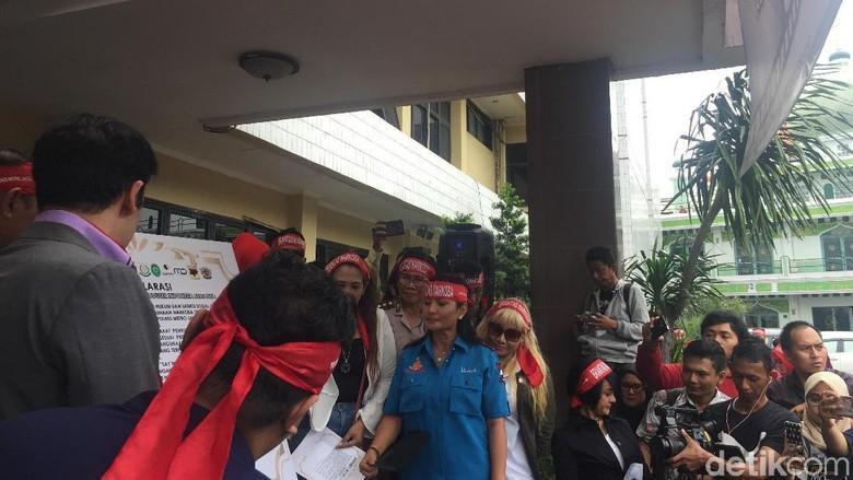 Stefan William hingga Ammar Zoni Ikut Deklarasi Antinarkoba di Polres Jaksel