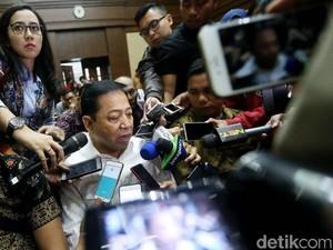 Jaksa ke Saksi: Novanto Butuh Rp 20 M untuk Amankan Diri dari KPK?