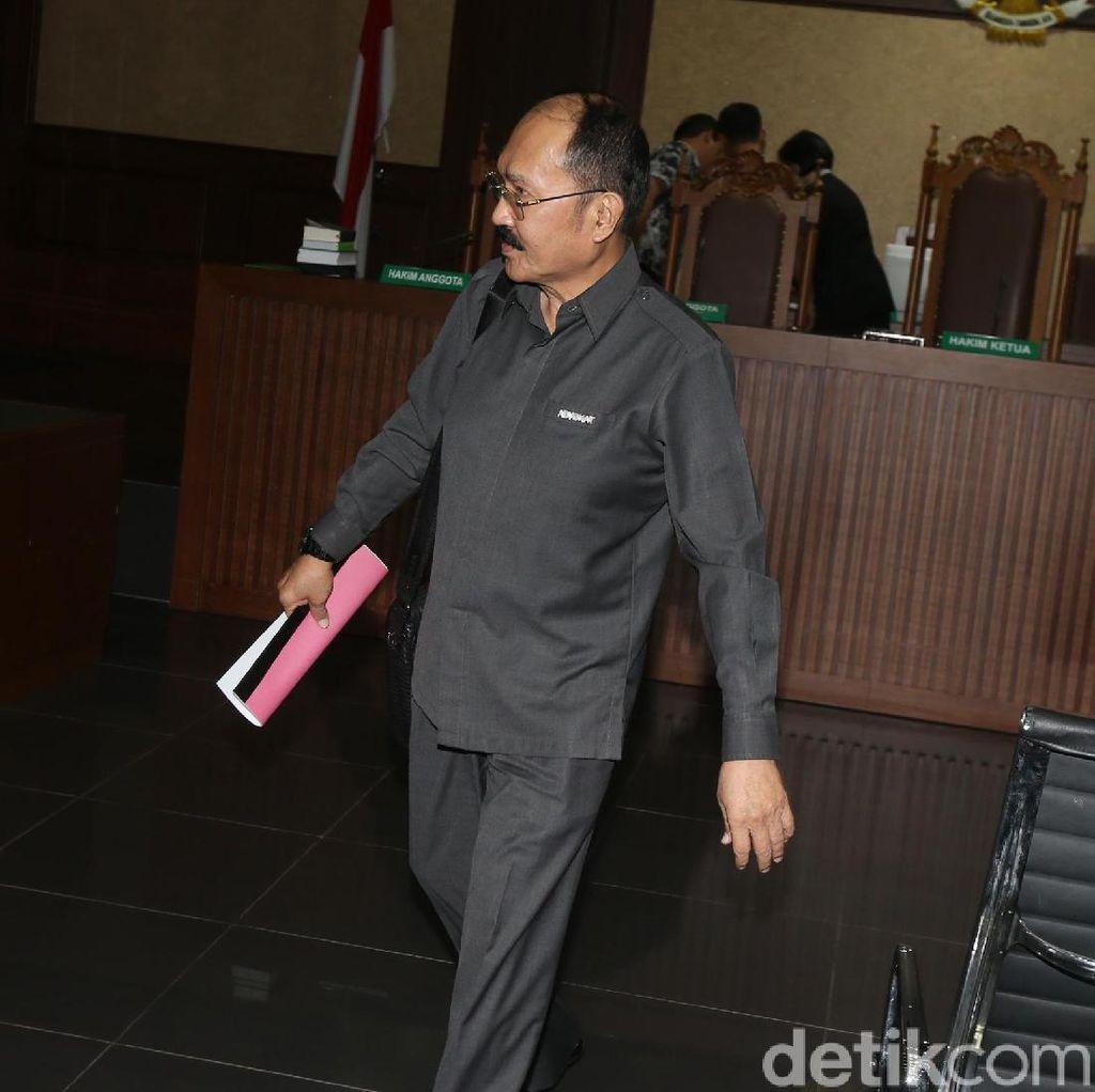 Cerita Fredrich Bagi-bagi Bonus ke Polisi hingga Hakim