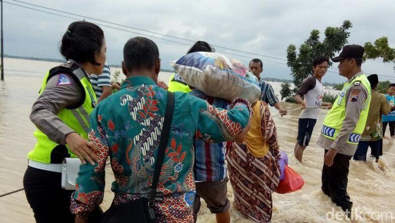 BNPB: 3 Orang Tewas Hanyut Akibat Banjir di Brebes