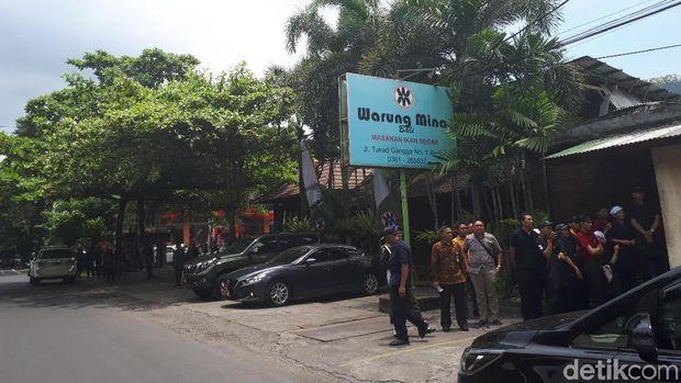 Warung Mina tempat Jokowi dan rombongan bersantap siang.