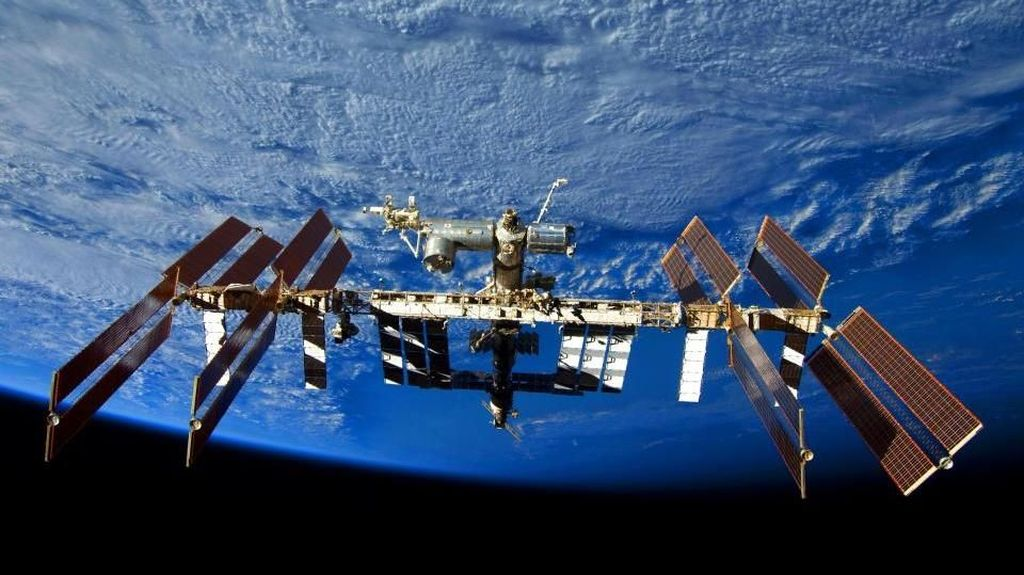 China Siap Bangun Stasiun Antariksa Saingan ISS