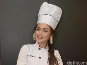 Banyak Roti Artis yang Direview Buruk, Jessica Iskandar Tetap Pede