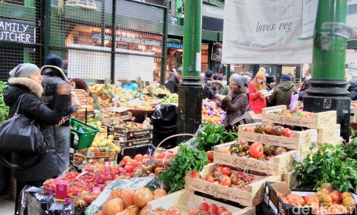 Borough market adalah pasar tradisional terbesar dan tertua di London. Lokasinya di 8 Southwark, dekat dengan Jembatan London atau London Bridge.