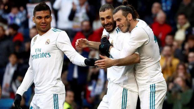 Gol Gareth Bale tercipta berkat assist dari Karim Benzema. (
